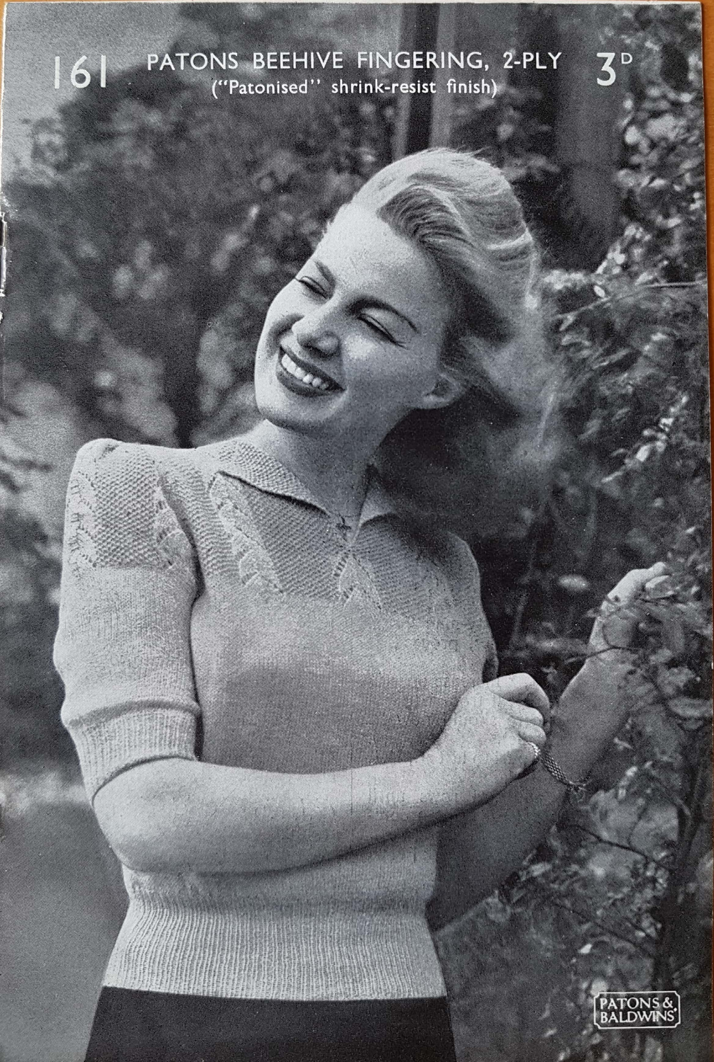 """ORIGINAL PATONS 3140 KNITTING PATTERN WOMAN/'S JUMPER SIZE 28/""""-40/"""" IN CHUNKY"""